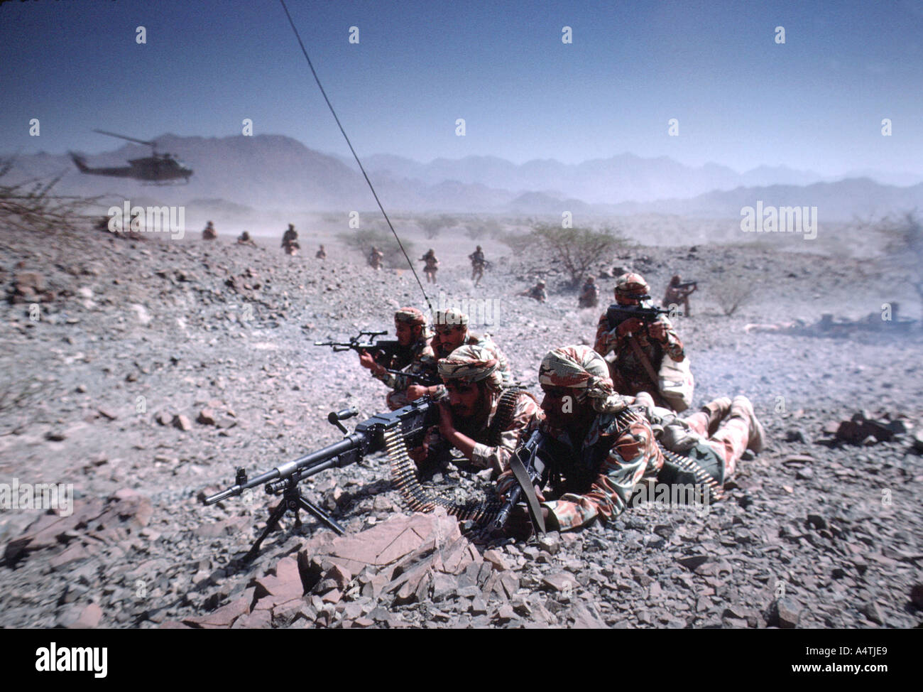 Soldiers in the desert - Stock Image