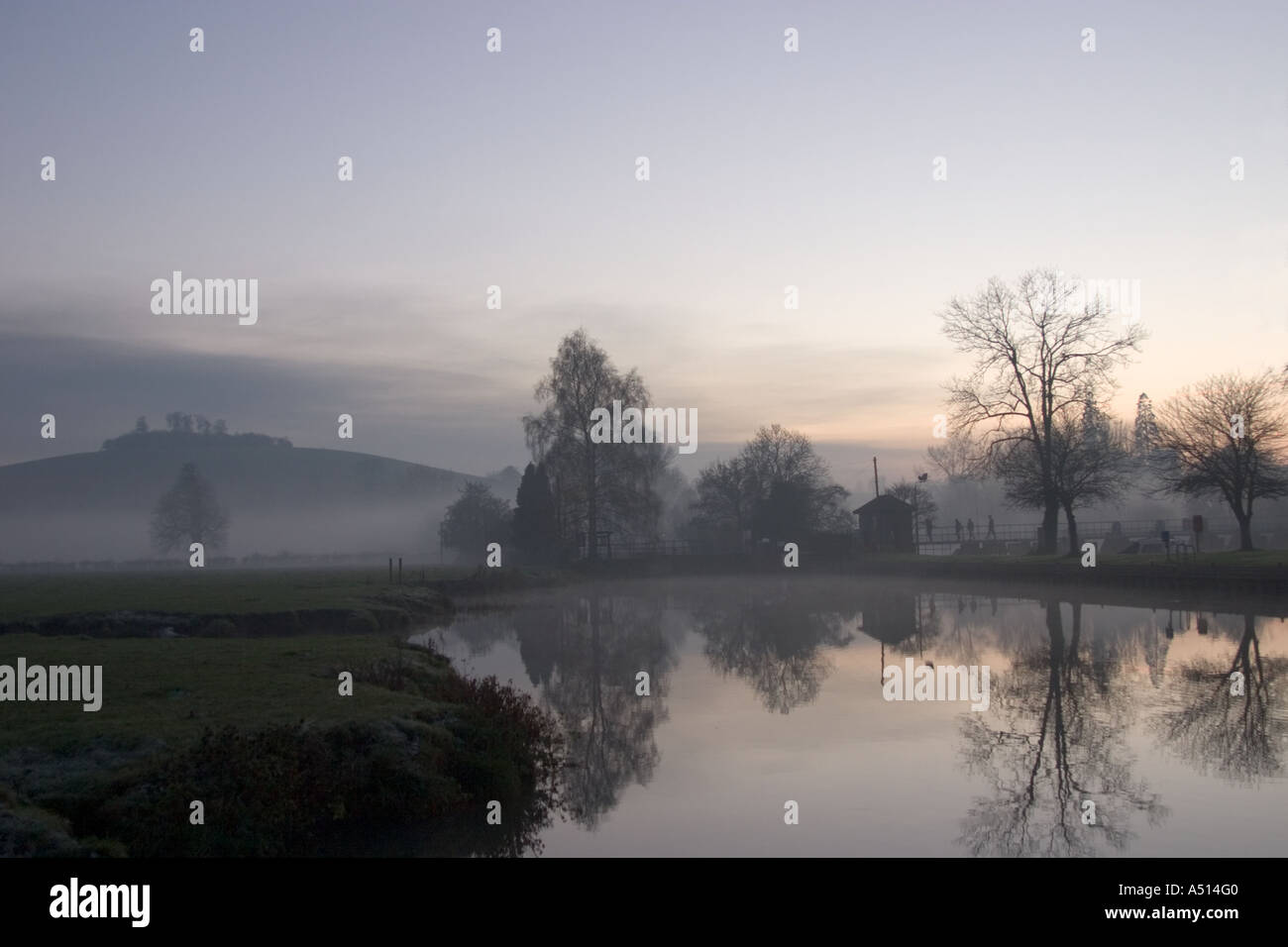 Winter sunset at Thames with Wittenham Clumps - Stock Image
