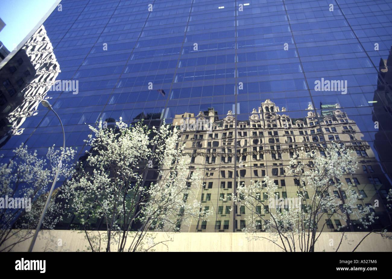 Reflexion Manhattan New York City - Stock Image