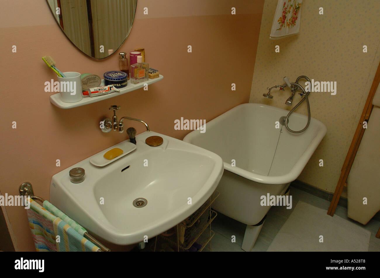 apartment in 50s style bathroom Stock Photo: 6384775 - Alamy