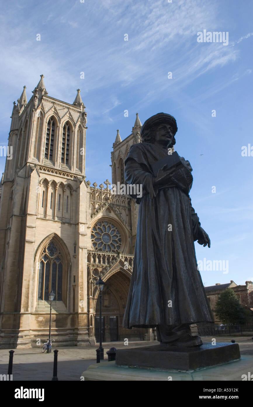 Statue of Bengali scholar Raja Rammohun Roy sculptured by Niranjan Pradhan outside Bristol Cathedral Avon England - Stock Image