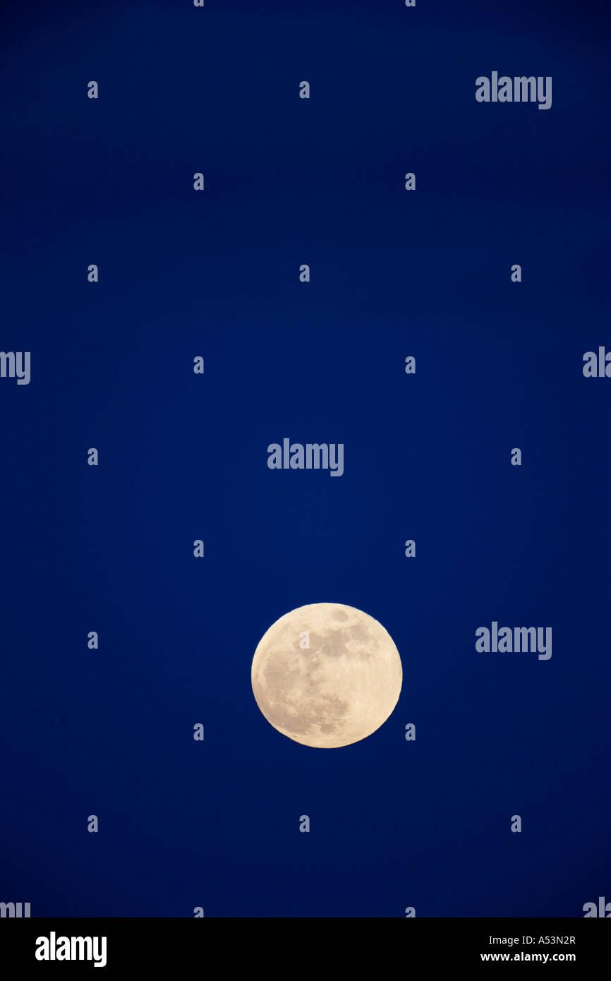 Full moon in night sky England UK United Kingdom GB Great Britain British Isles - Stock Image