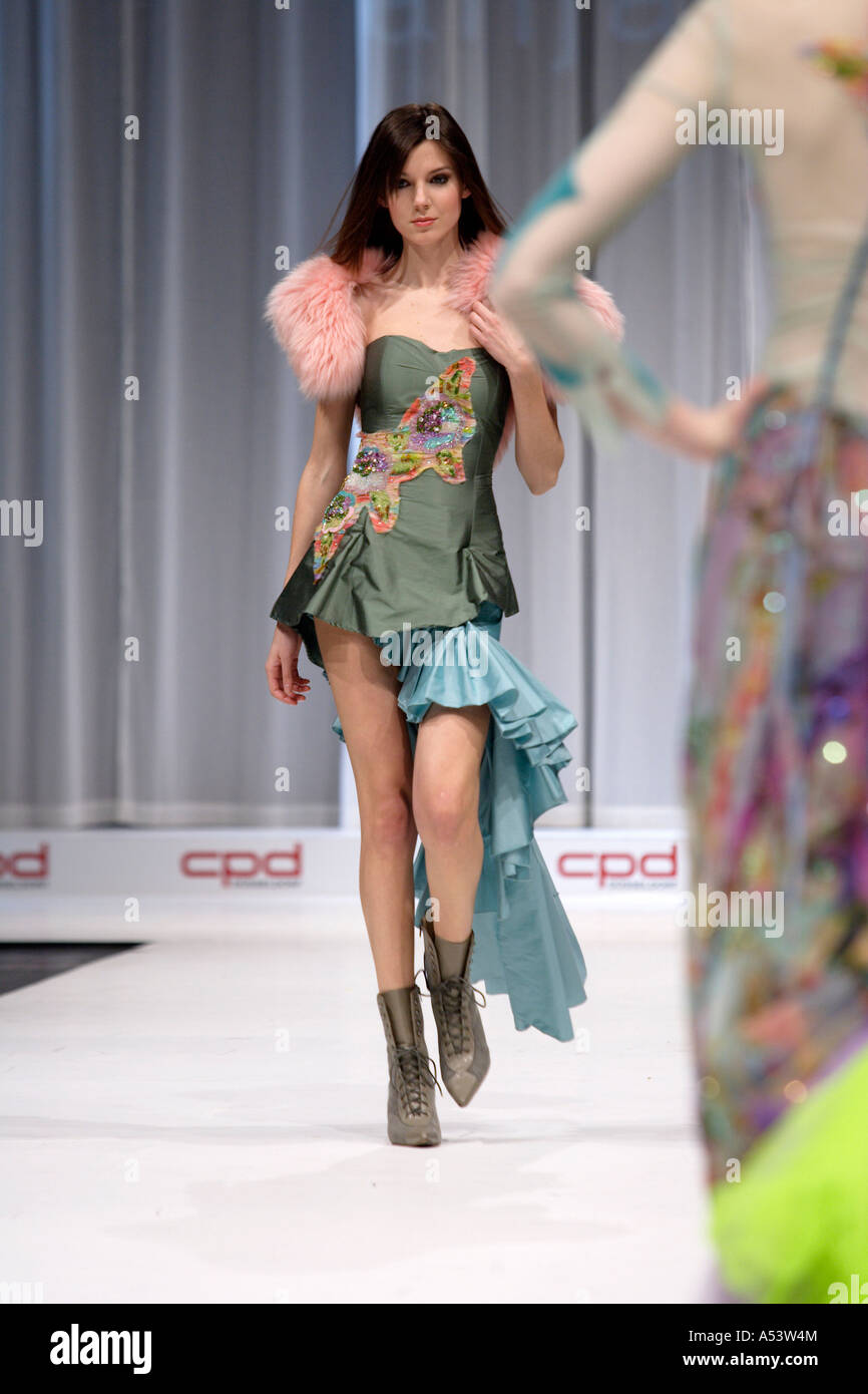 Models On Catwalk International Fashion Stock Photos ...