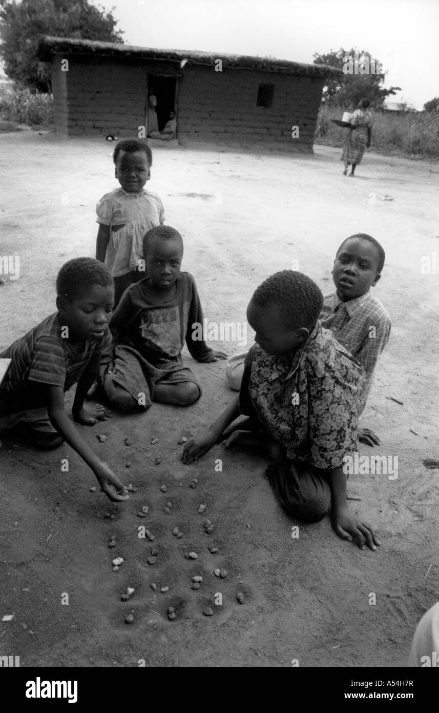 Painet hq1506 black and white children playing game shinyanga tanzania images bw country developing nation less - Stock Image