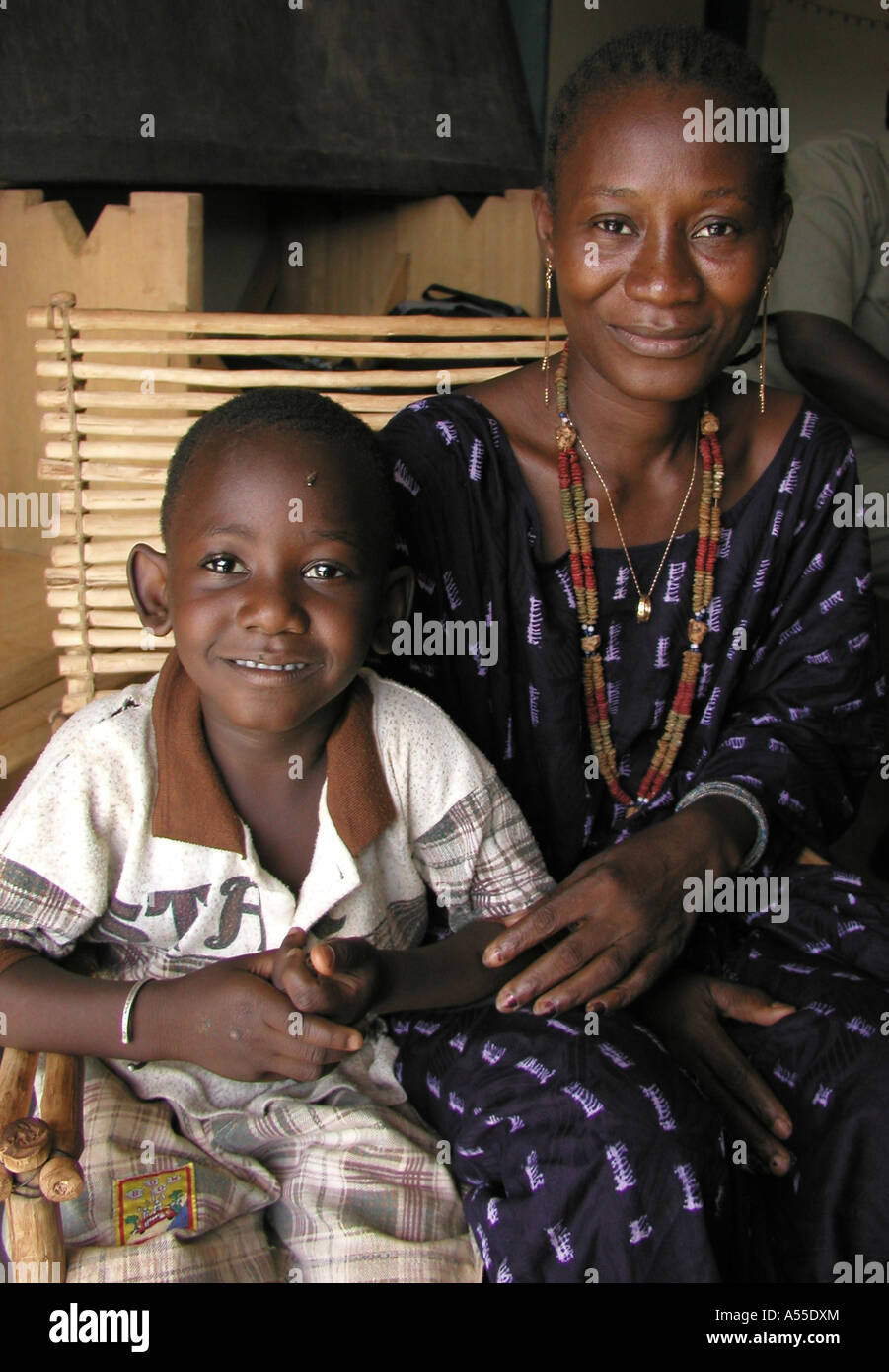 Painet ik0343 burkina faso 35oldold pauline hiv son fatahou vie positif aids support group ouagadougou country developing - Stock Image