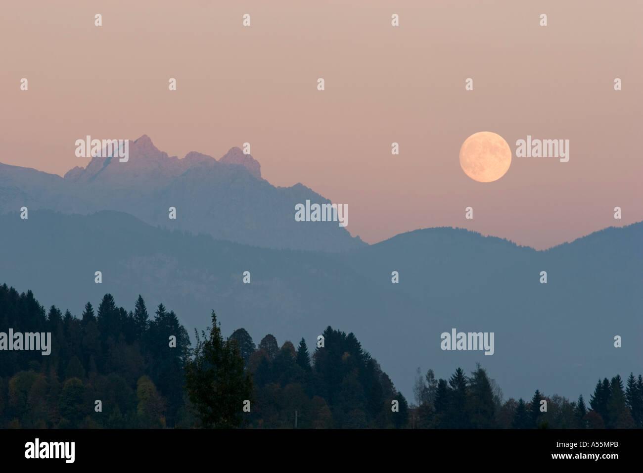 Loferer Steinberge mountains moonrise Austria - Stock Image