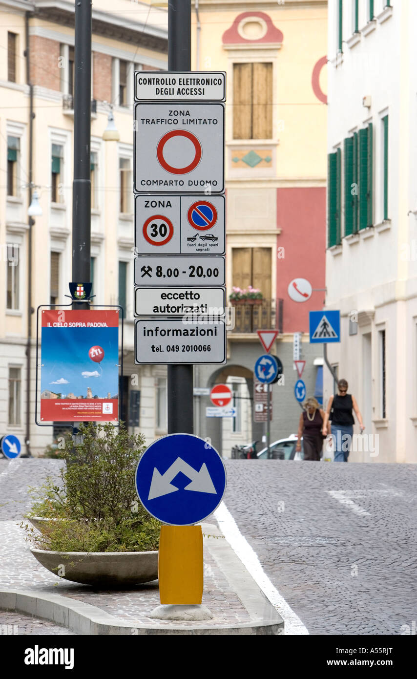 Traffic limited zone sign Padua Veneto Italy - Stock Image