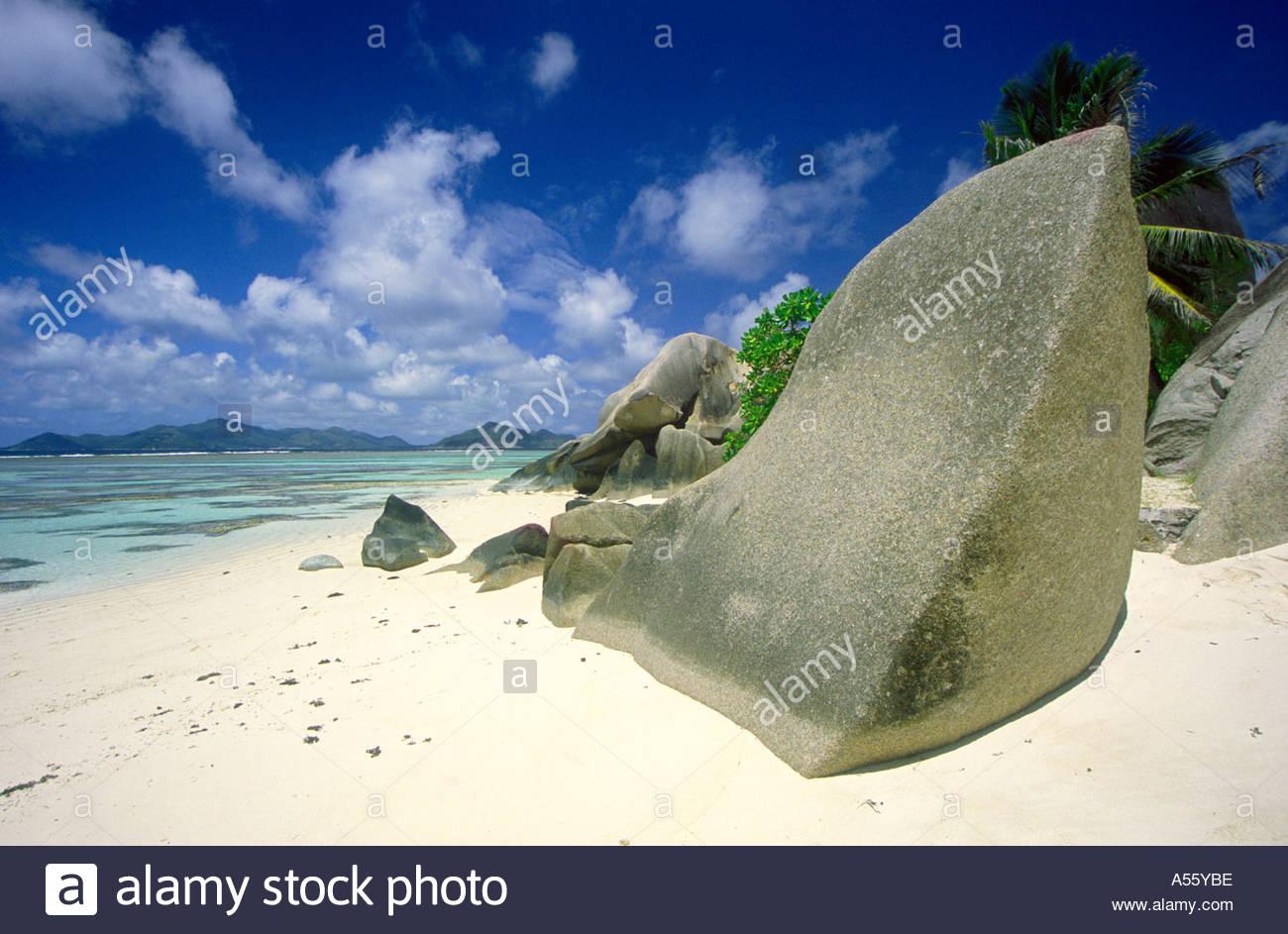 Rock on beach, Anse Le Source D'Argent, La Digue, Seychelles - Stock Image