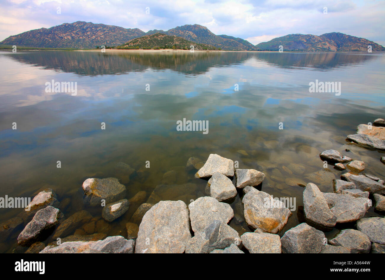 lake perris state recreation area perris riverside county california stock photo 11209464 alamy. Black Bedroom Furniture Sets. Home Design Ideas