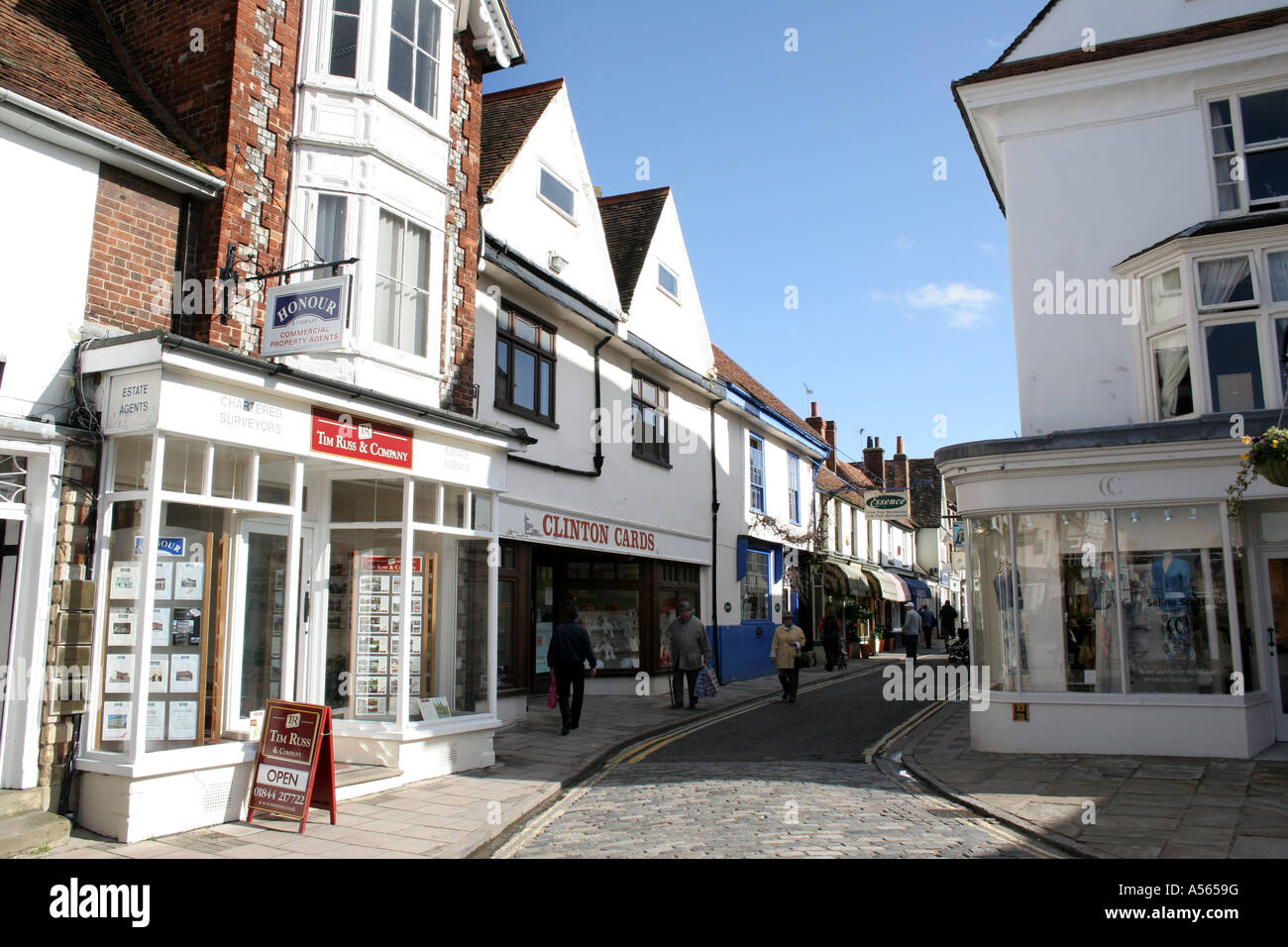 Shop fronts in Thame Oxfordshire. - Stock Image