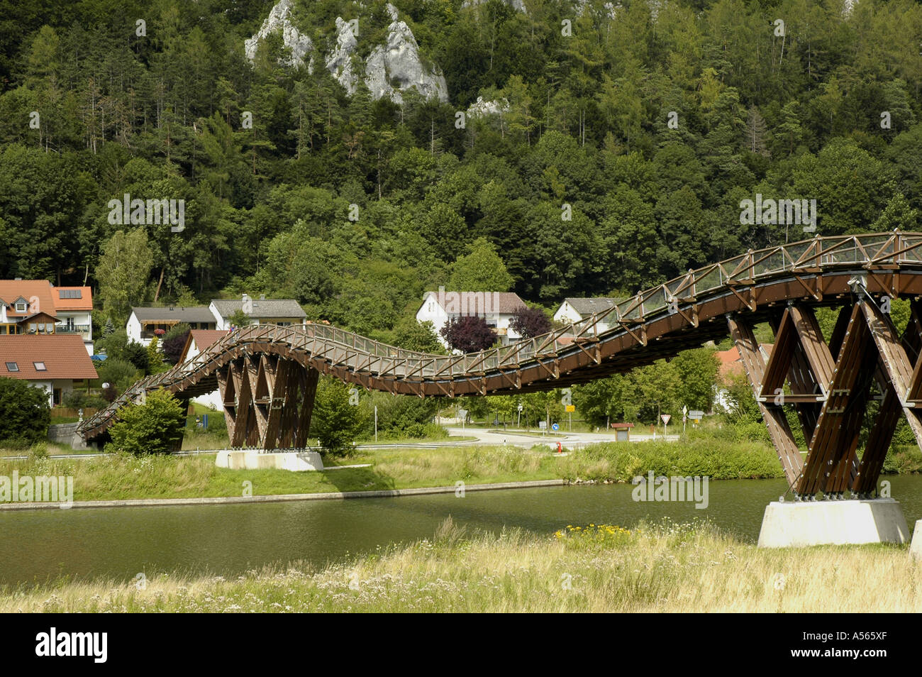 The longest timber bridge of Europe over the Main Danube channel with Essing in the Altmuehltal in Bavaria - Stock Image