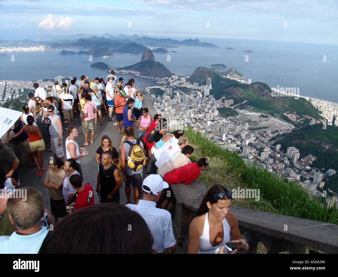 Painet iy8156 brazil tourists enjoying panorama rio janeiro corcovado peak site statue christ redeemer 2005 country Stock Photo