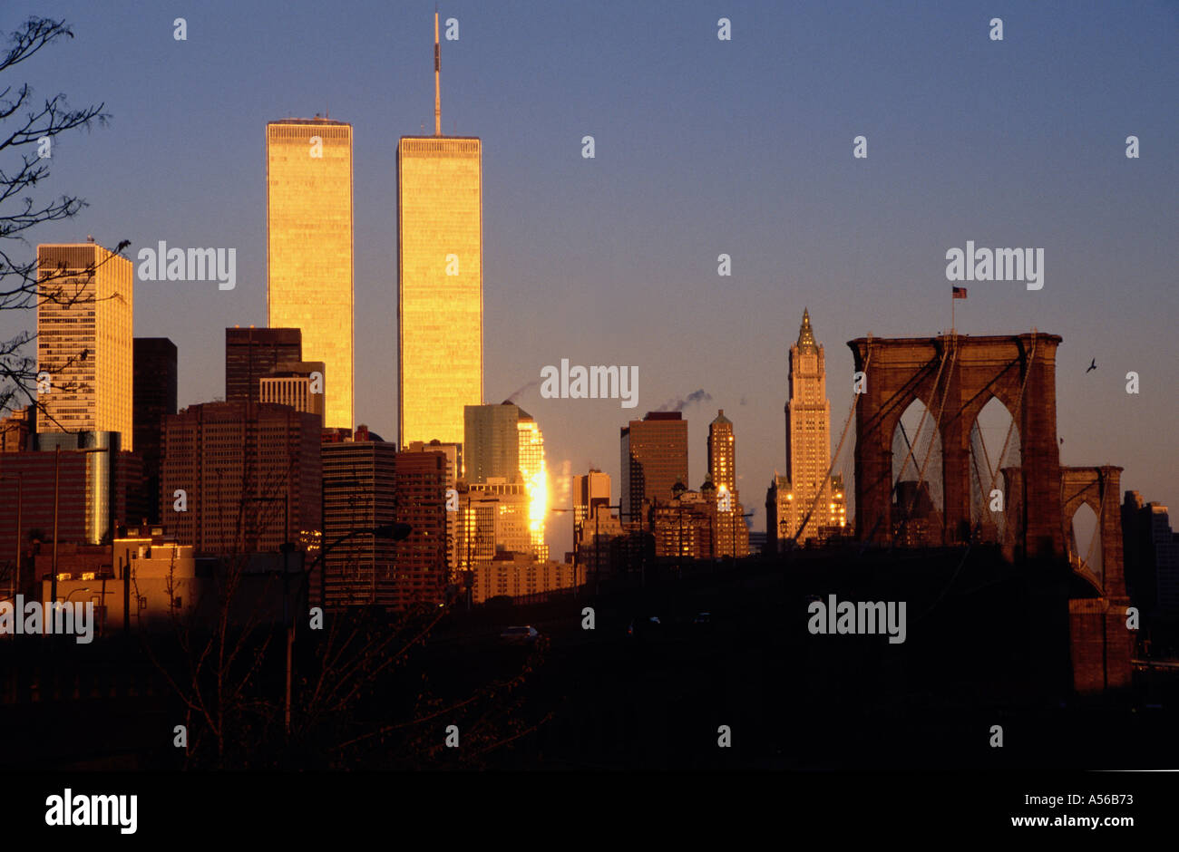 Wtc Sunrise >> Twin Towers Of World Trade Center And Brooklyn Bridge New York Ny
