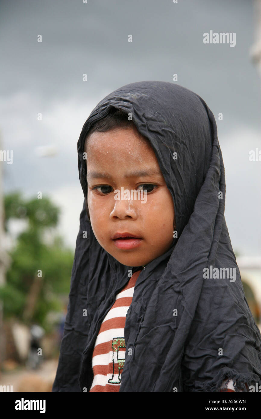 Painet iy8387 thailand moslem girl kid child pattani photo 2005 country developing nation less economically developed - Stock Image