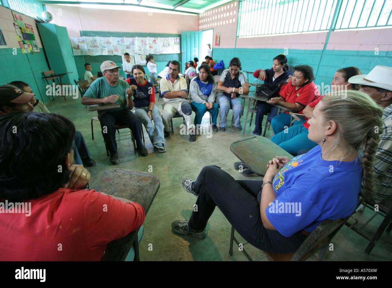 Painet ja1236 venezuela meeting teachers parents primary school village chamiza lara state latin america south 20051001 - Stock Image