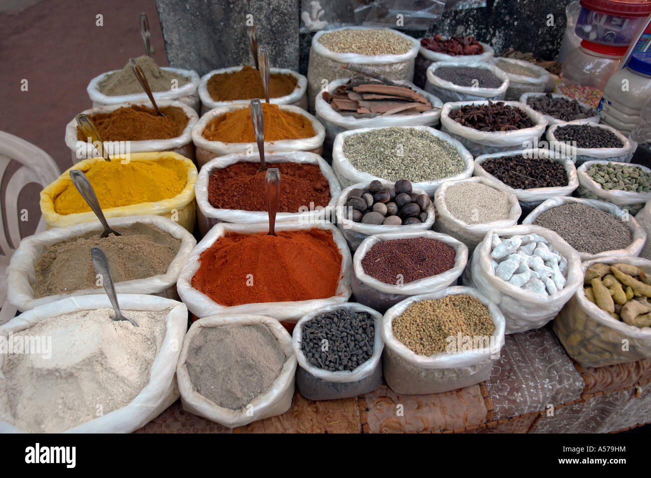 Painet jc3067 india spices sale palolem goa economy country developing nation economically developed culture emerging Stock Photo