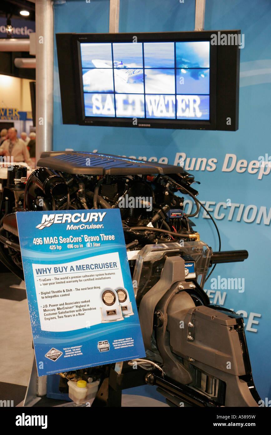Mercury Marine Engine Stock Photos & Mercury Marine Engine