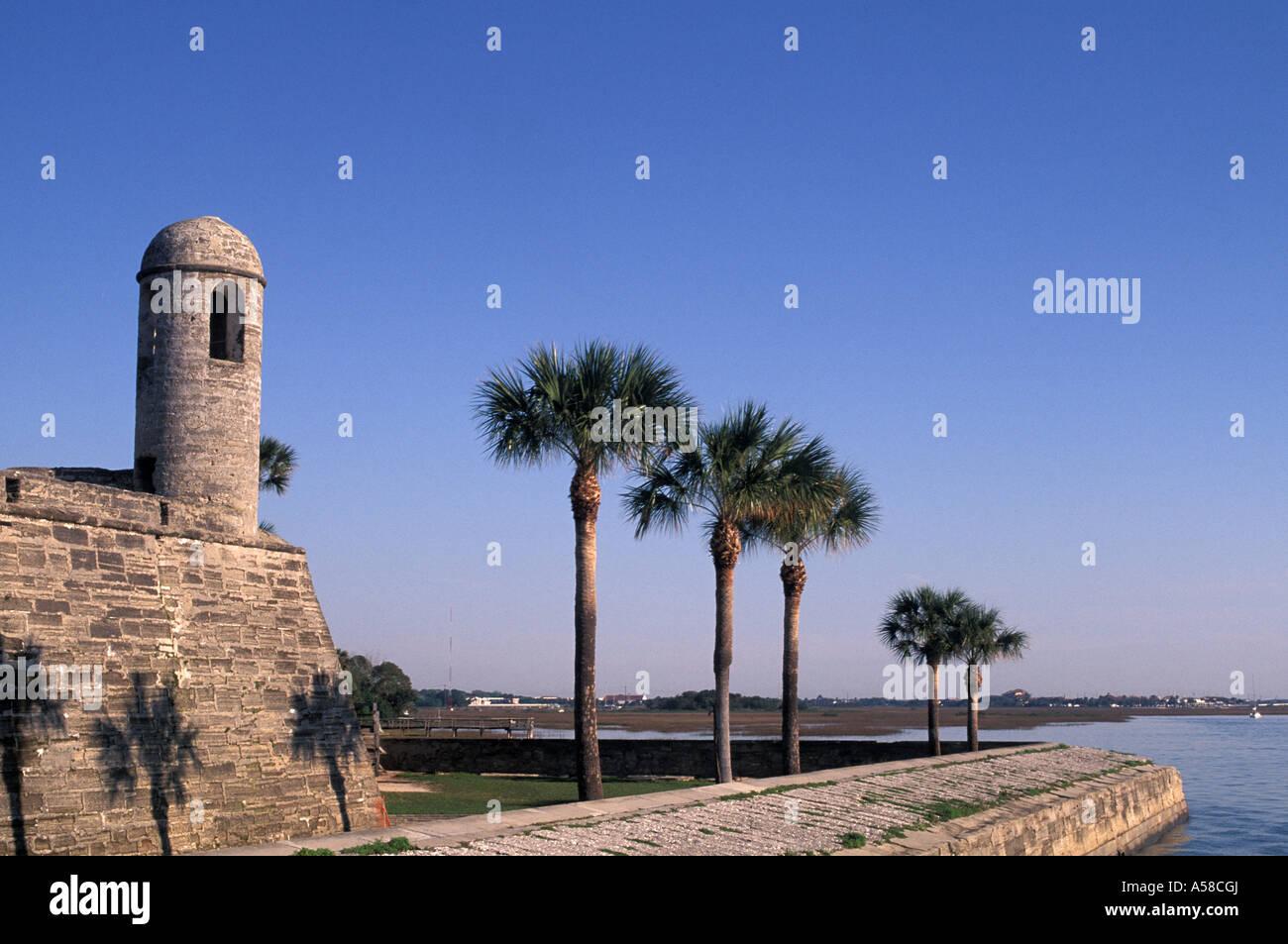 St Augustine, Florida Castillo de San Marcos national monument guard ...