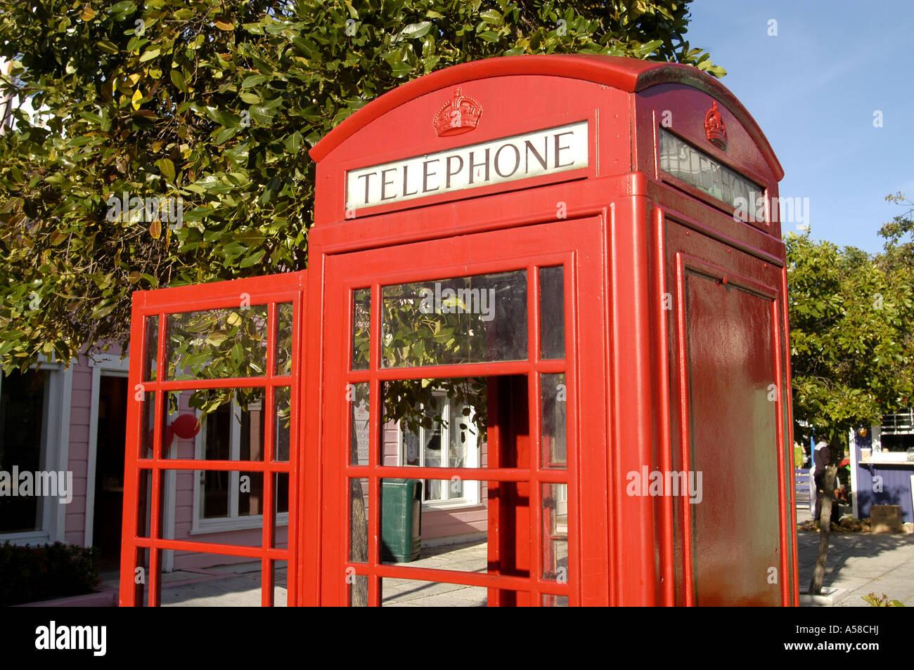 Classic english british  K6 red telephone phone box UK london iconic symbol - Stock Image