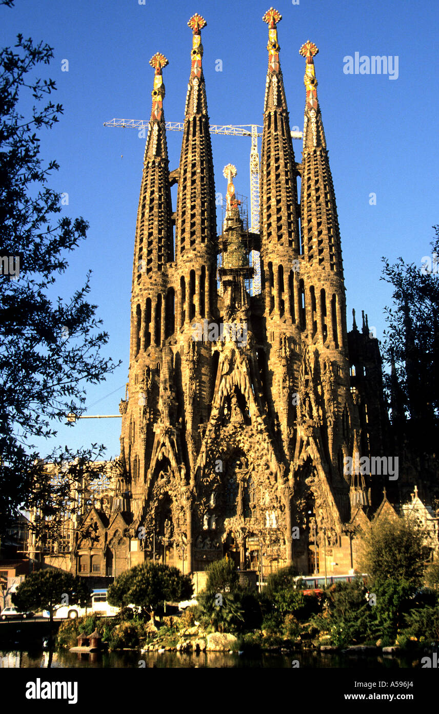 towers of church sagrada familia built by antonio gaudi barcelona stock photo 6421923 alamy. Black Bedroom Furniture Sets. Home Design Ideas