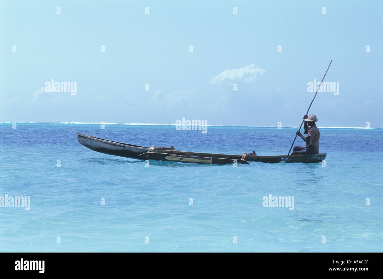 zanzibar afrique tanzanie bwejuu pêcheur - Stock Image
