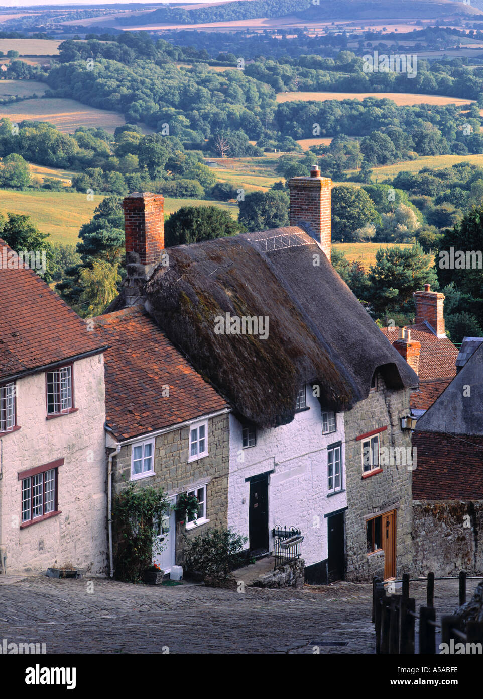 Gold Hill, Shaftesbury, Dorset, England - Stock Image