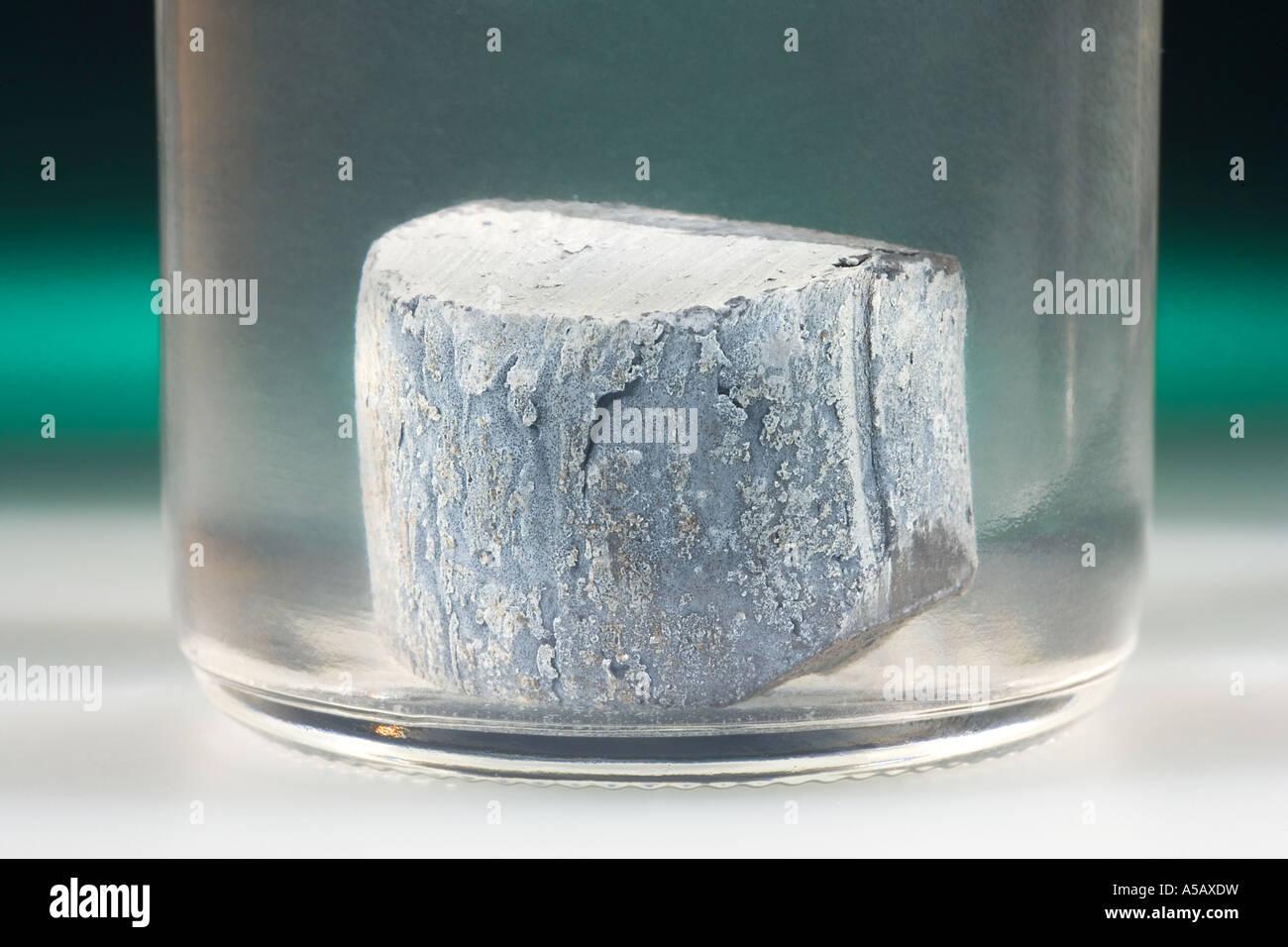 Elemental Barium in Mineral Oil - Stock Image