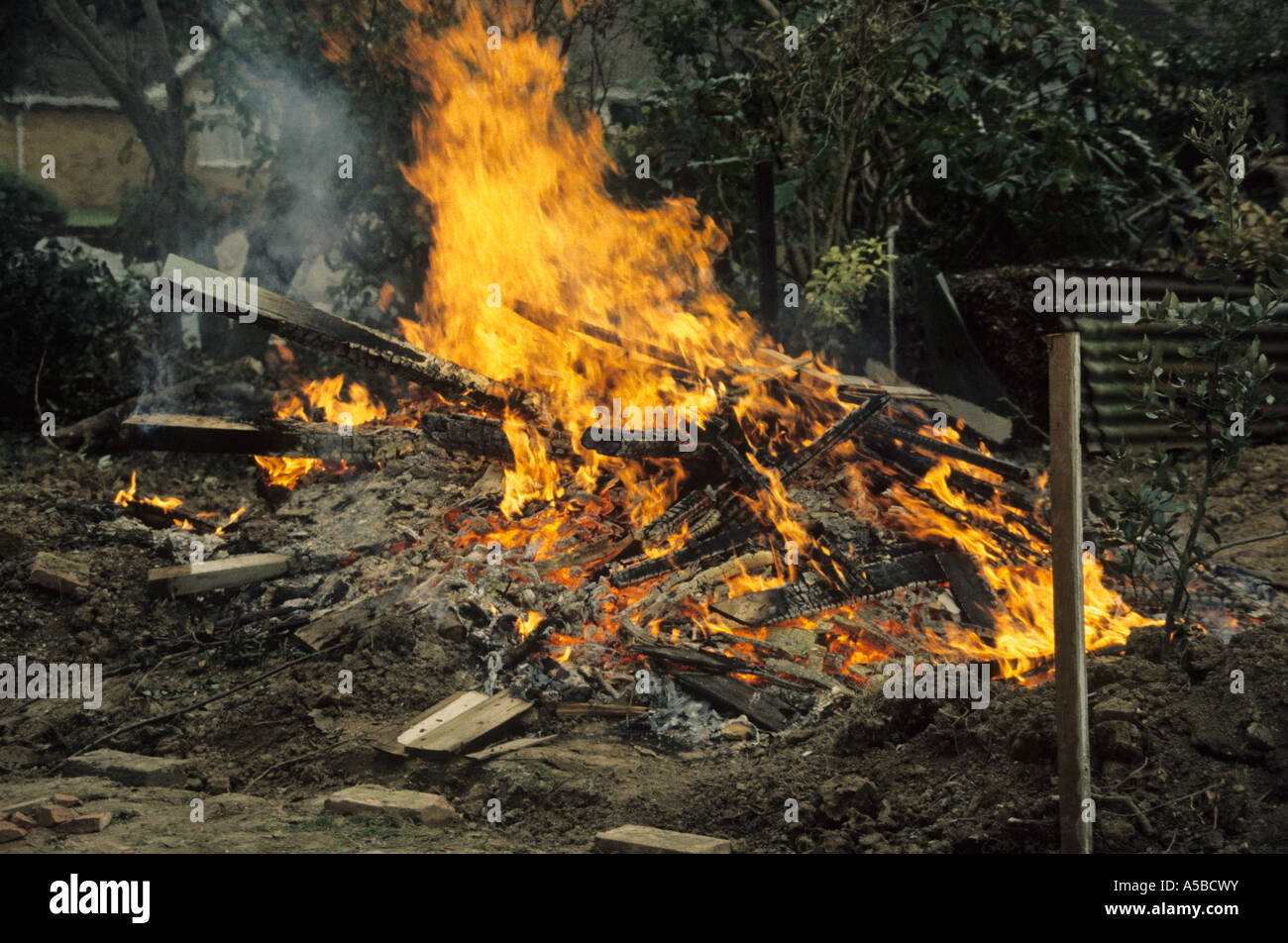night time bonfire in garden polluting the air and atmosphere Stock Photo