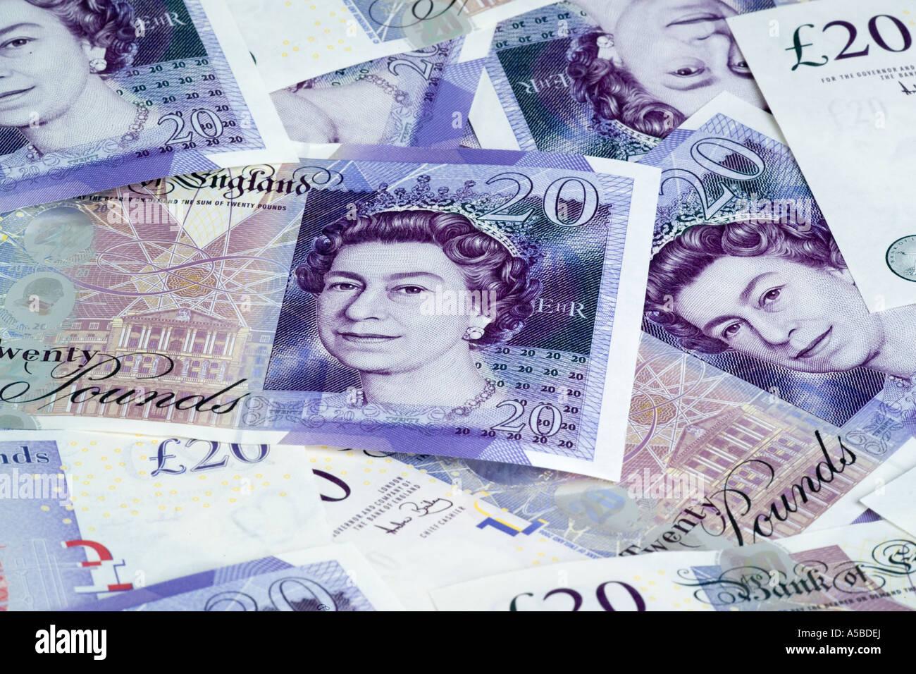 A spread of twenty 20 pound notes new 2007 design - Stock Image
