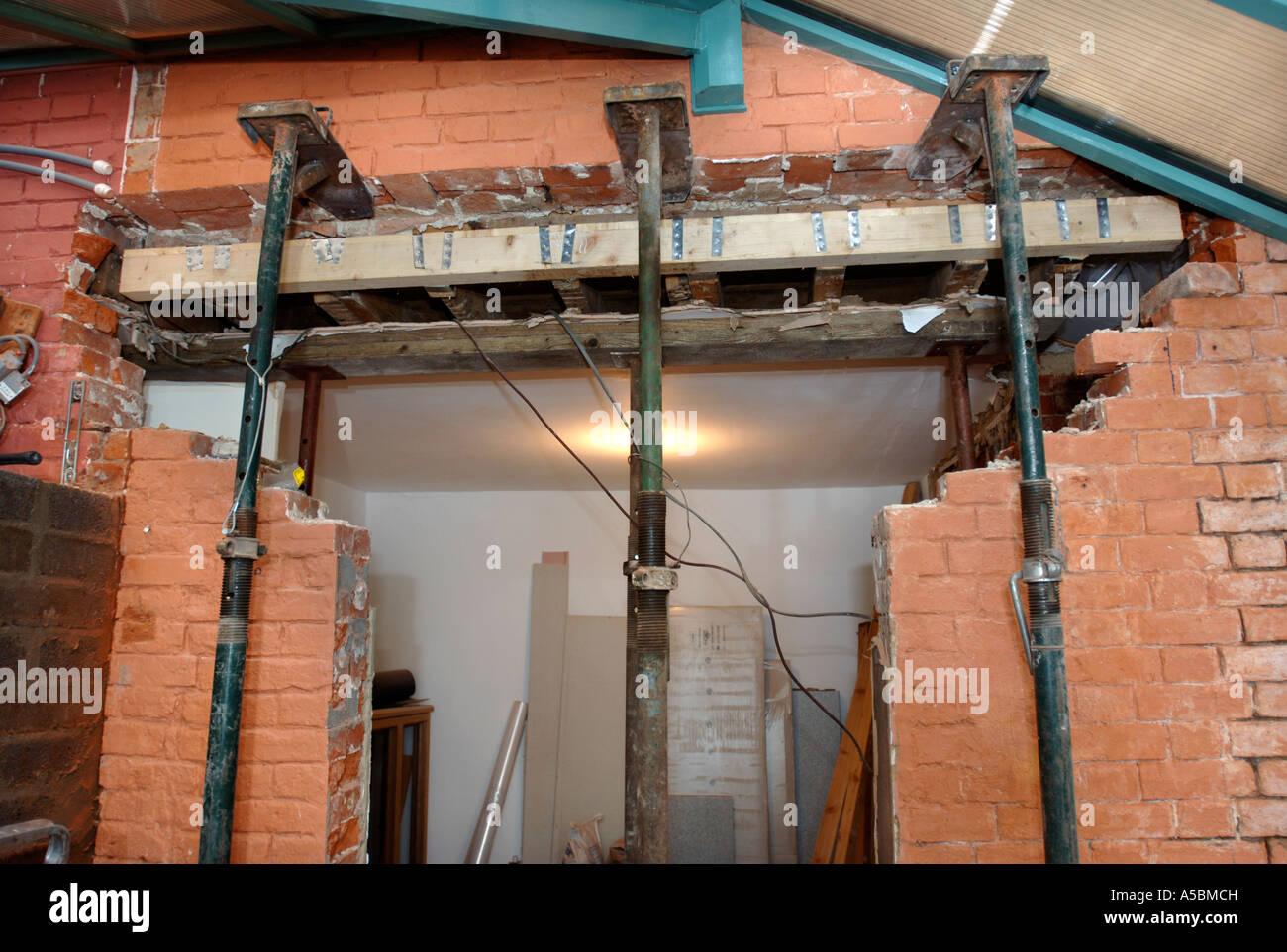 Building Steel Into Cavity Walls
