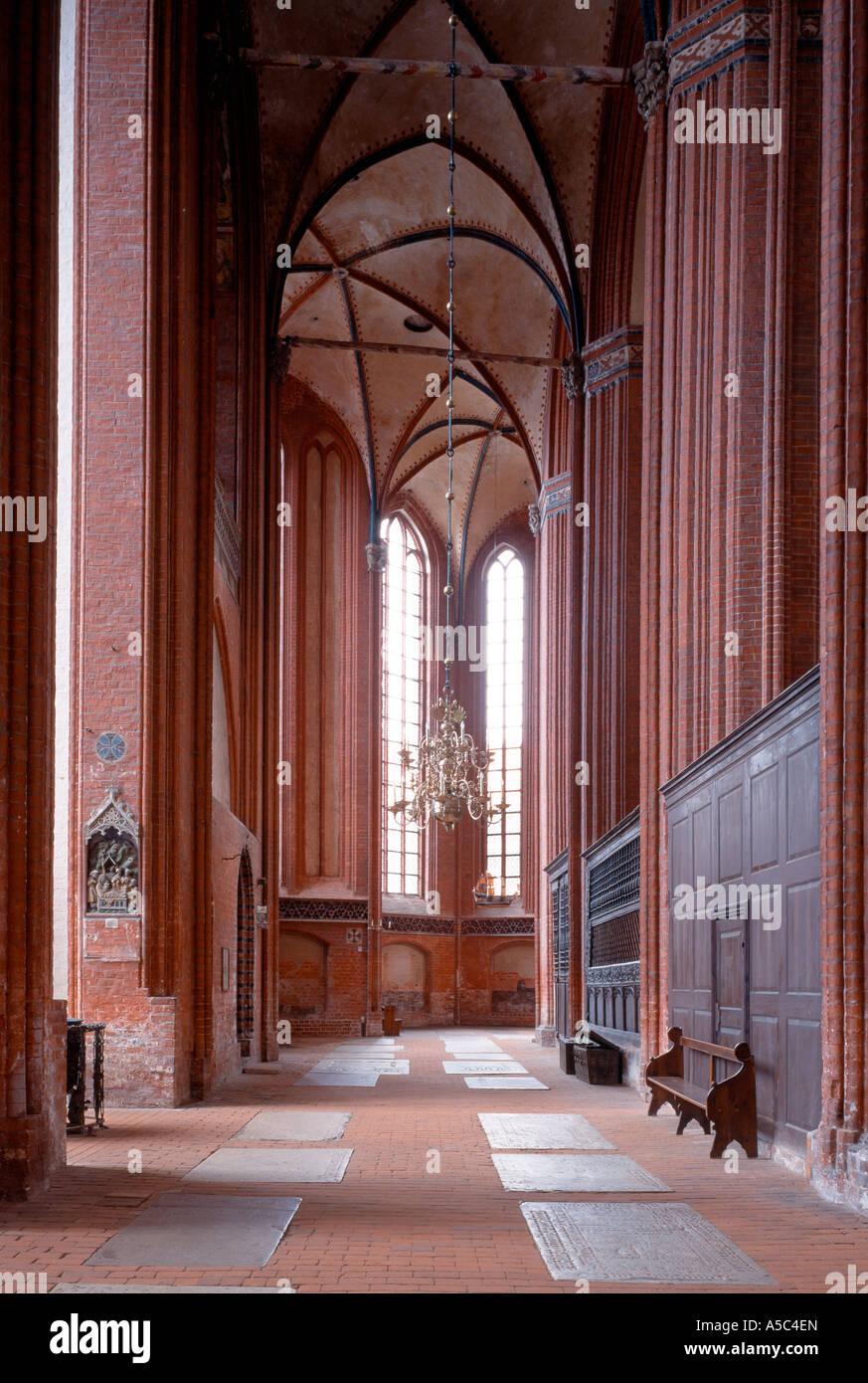 Wismar, Nikolaikirche, Nördliches Seitenschiff, Blick nach Osten - Stock Image
