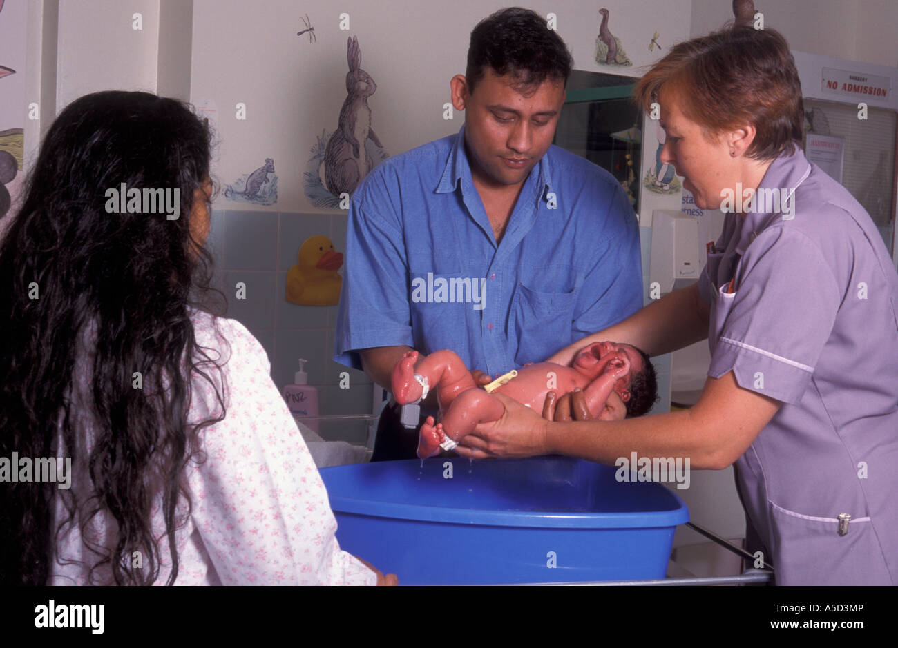 Nurse Hospital Bath Stock Photos & Nurse Hospital Bath Stock Images ...