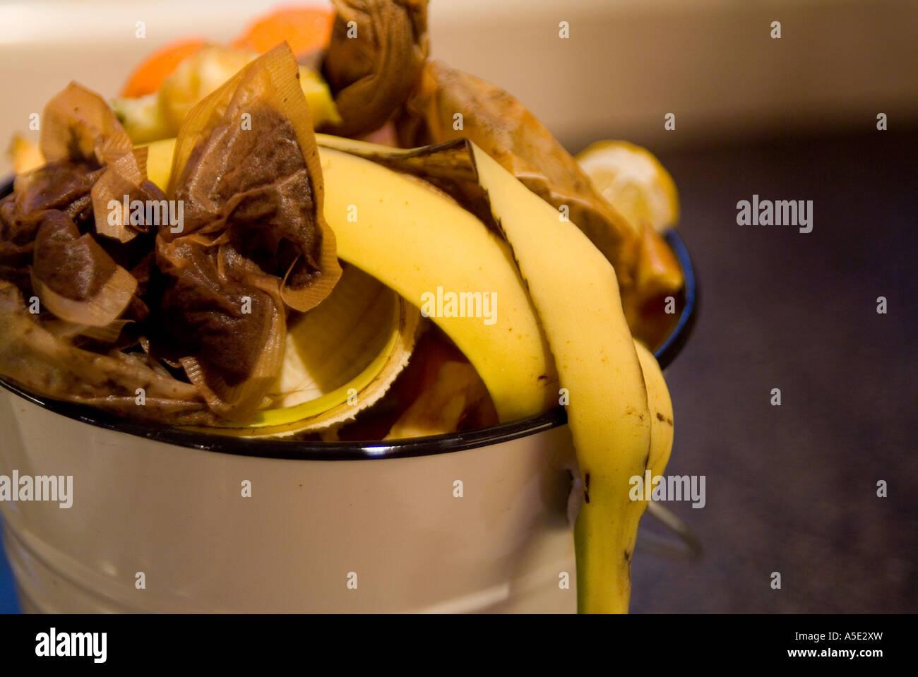 Peel Bucket Stock Photos & Peel Bucket Stock Images - Alamy