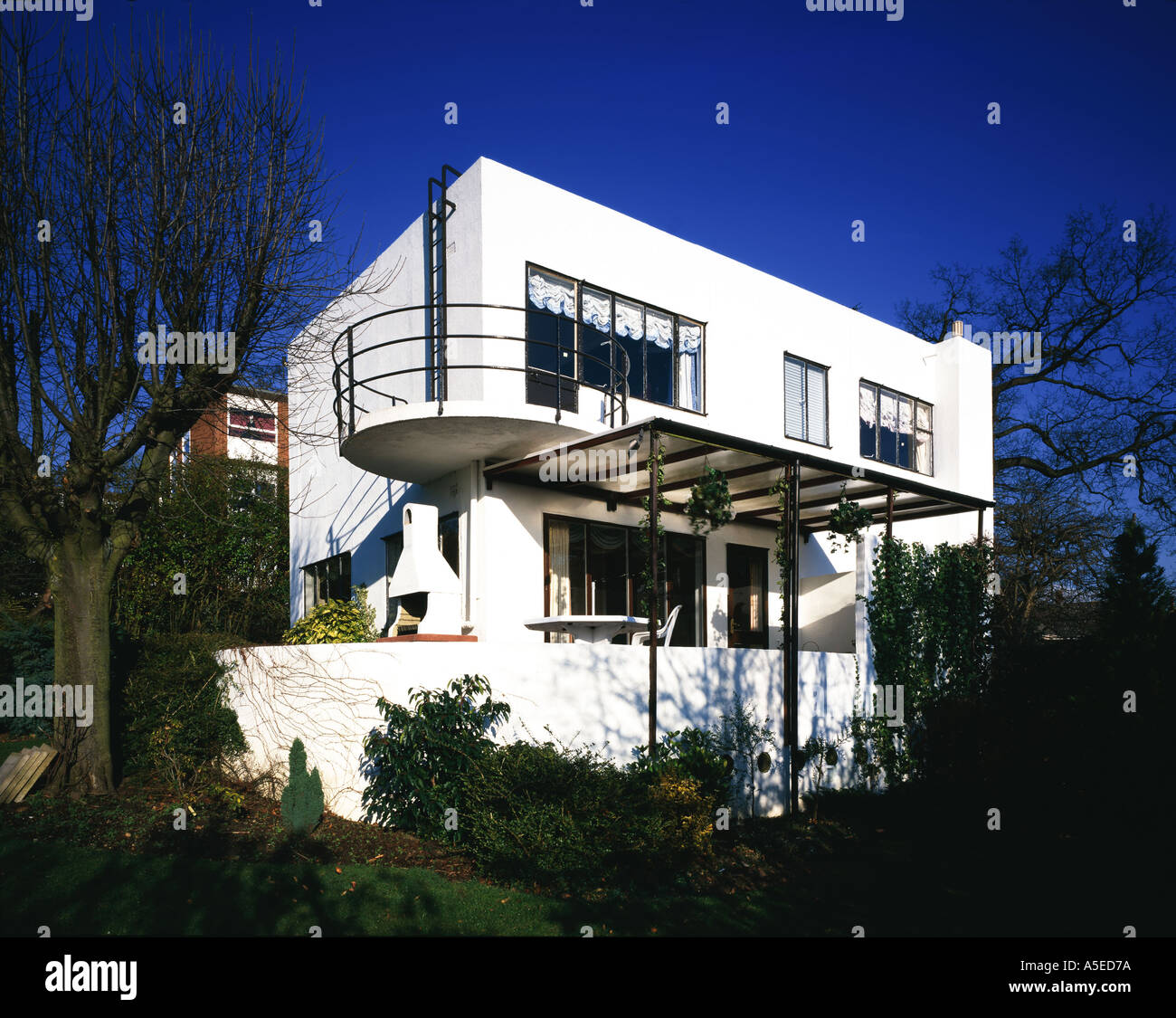 Shann House, Rugby , Warwickshire (1933-34)  inter-war  suburban British Modern Movement private architect designed Stock Photo