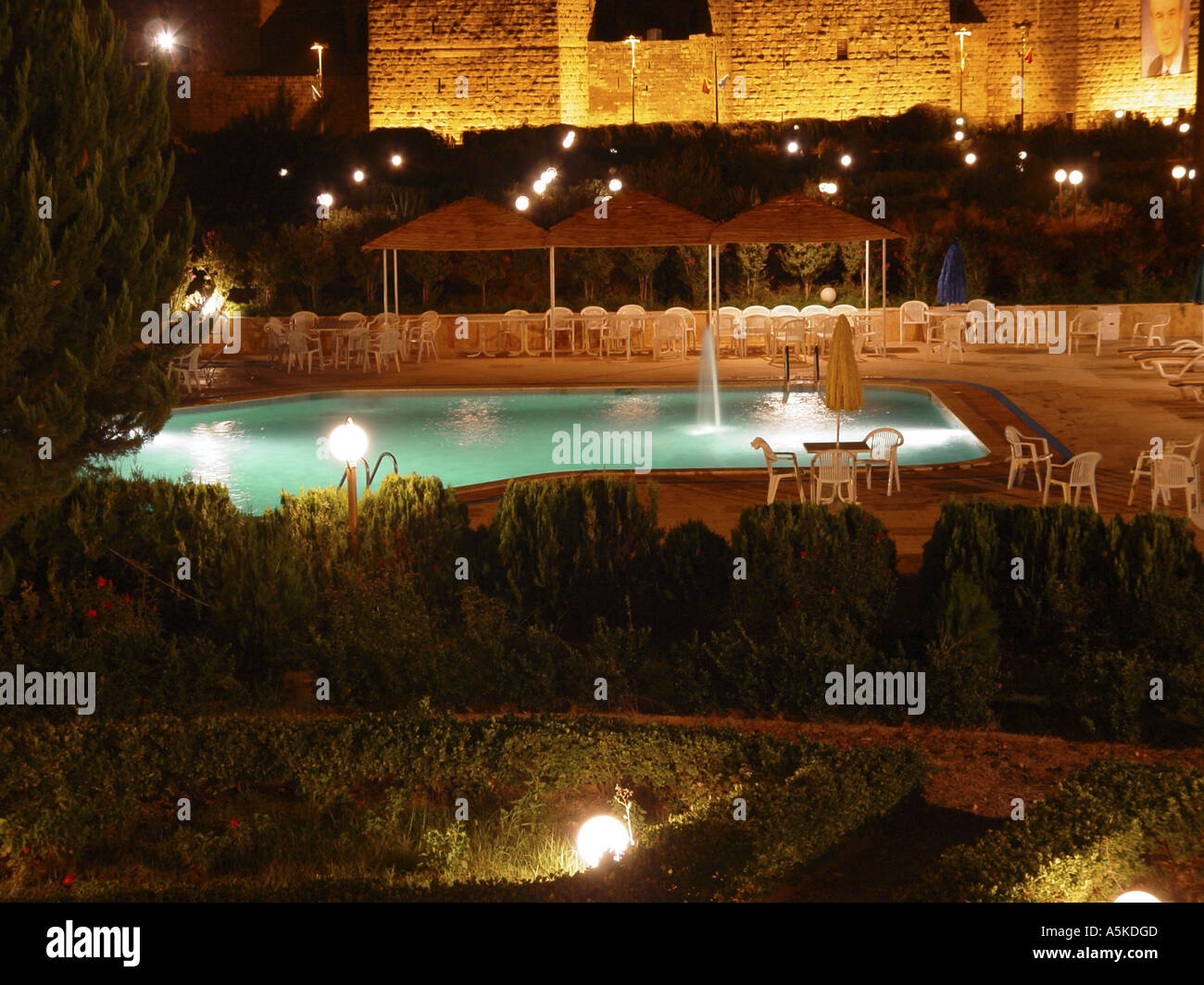 Swimming pool and roman theatre in Bosra - Stock Image