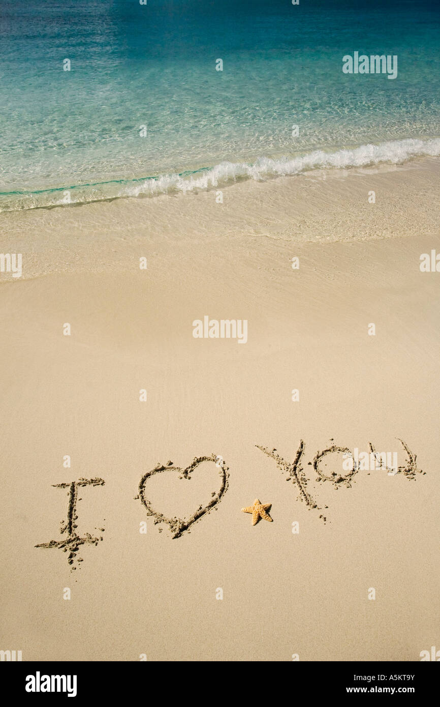 I Love You written in sand - Stock Image