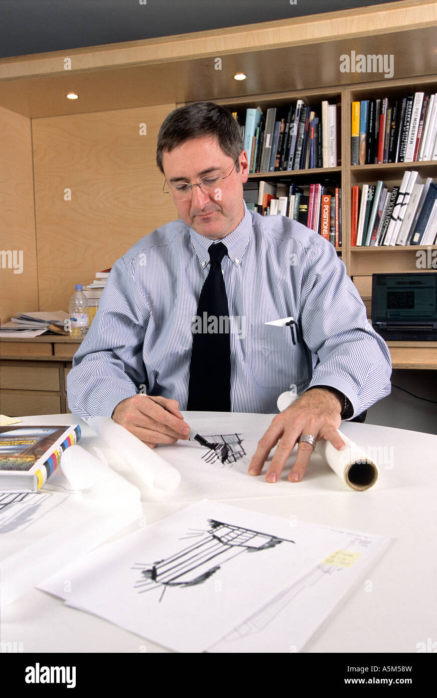 Gary Haney, architect, of Skidmore, Owings and Merrill (SOM) with early drawings for Random House  building in New - Stock Image
