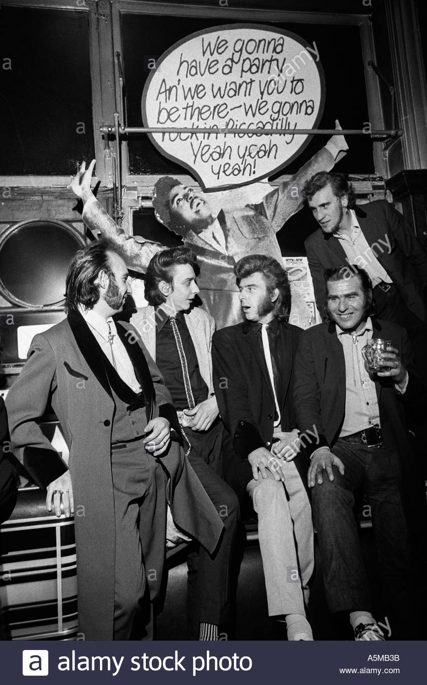 Teddy Boys meeting at the Black Raven pub in London, UK - Stock Image