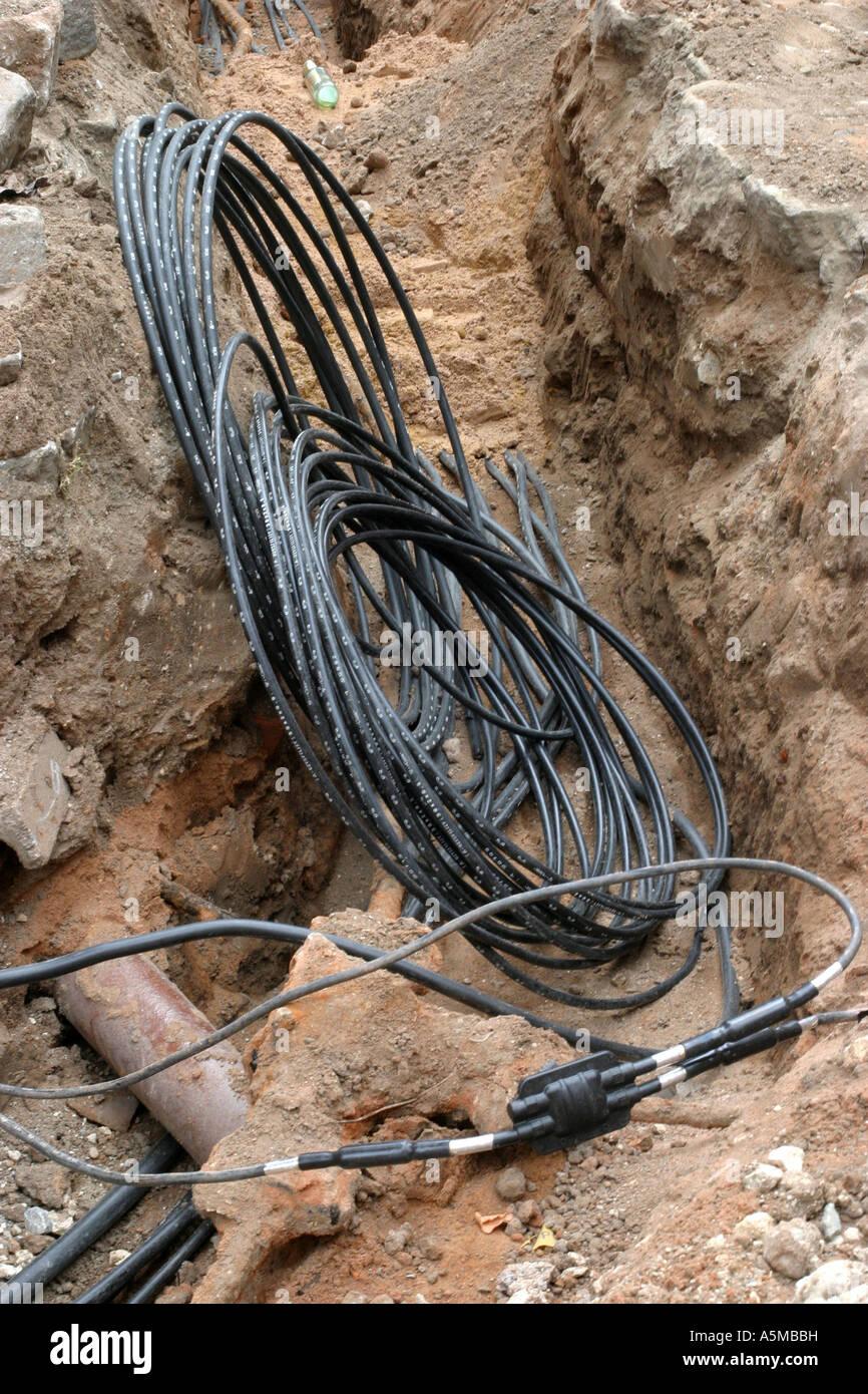 Telefonkabel telephone cable Erdverlegung Kabeltrasse Kabelverlegung cable - Stock Image