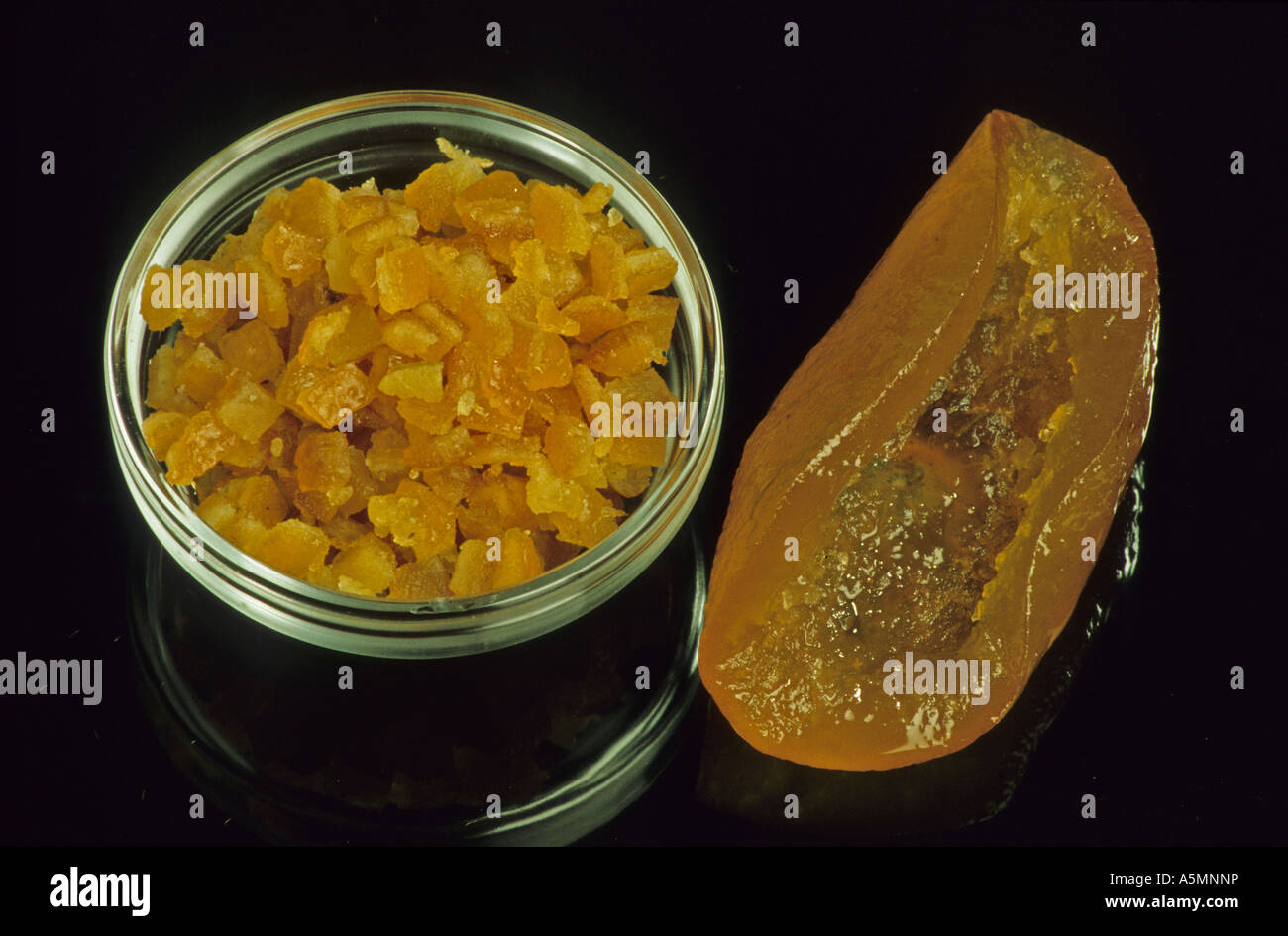 Orangeat candied orange peel Gewürz Backzutat getrocknete Orangenschale citrus sinensis Apfelsinen Lebensmittel Stock Photo