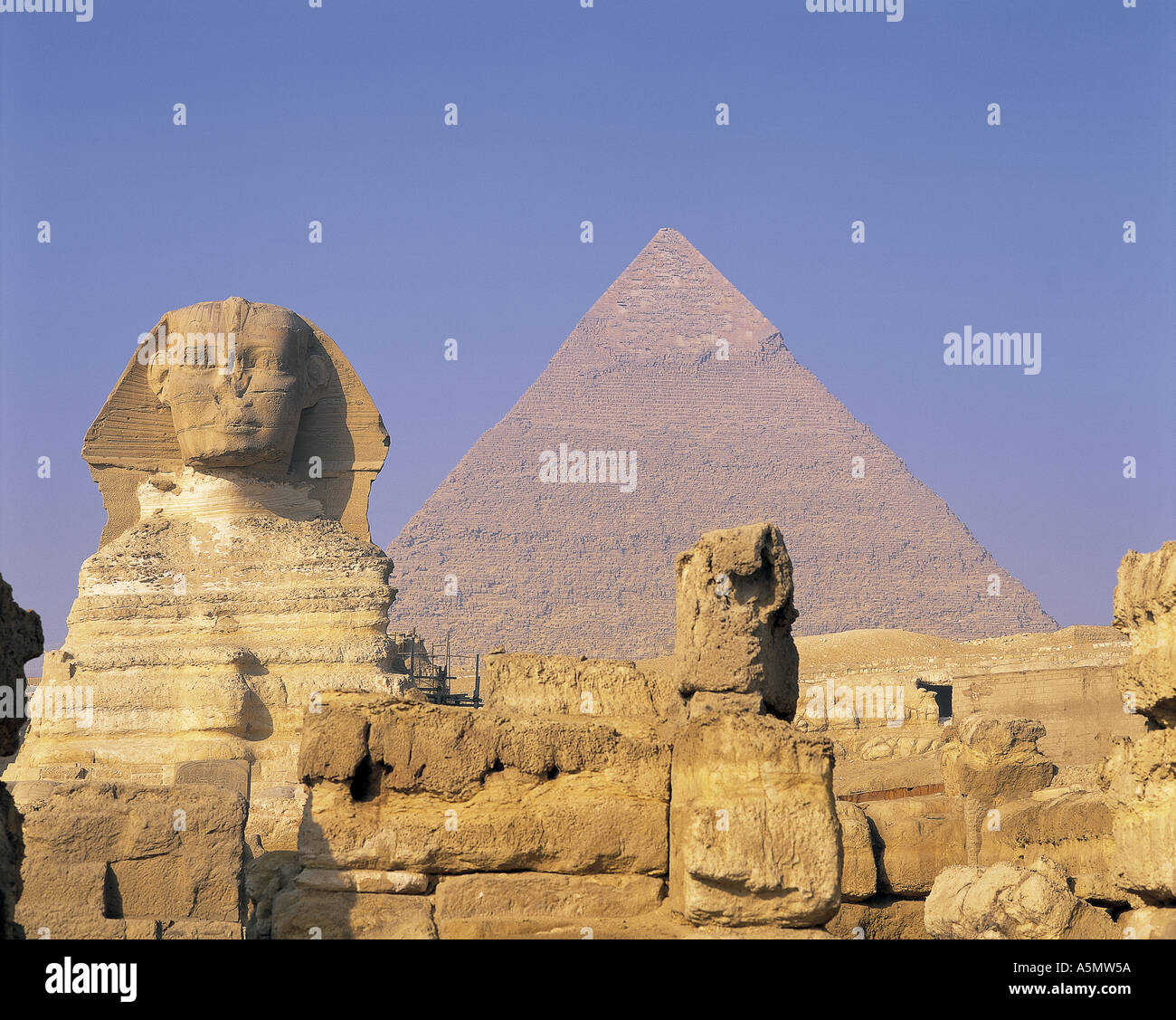 Sphinx and pyramid at Giza Egypt - Stock Image