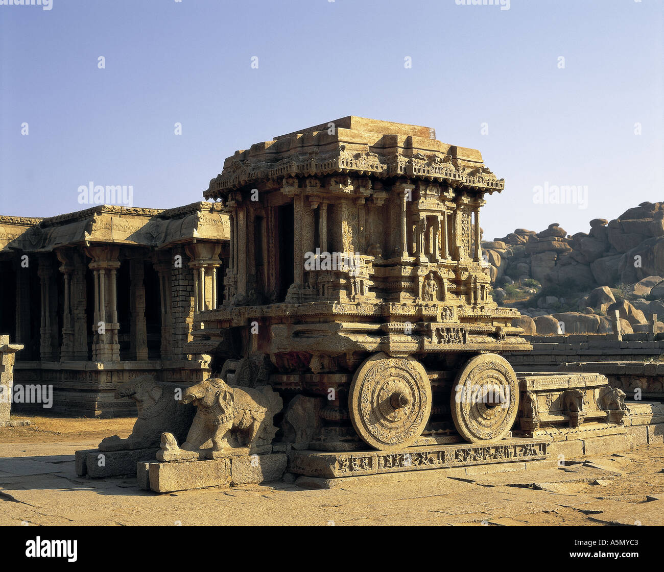Stone chariot at Vittala Temple Hampi Karnataka India - Stock Image