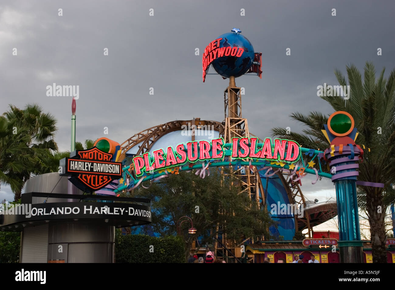Downtown Disney Pleasure Island Clubs