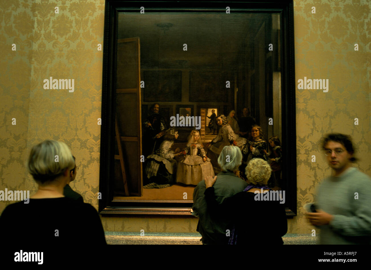 diego velazquez s las meninas Las meninas is a pictorial summary and a commentary on the essential mystery ofshow more content the interlocking of these luminous areas is the more vivid as the middle distance is cut off by the shadows which spread across the floor.