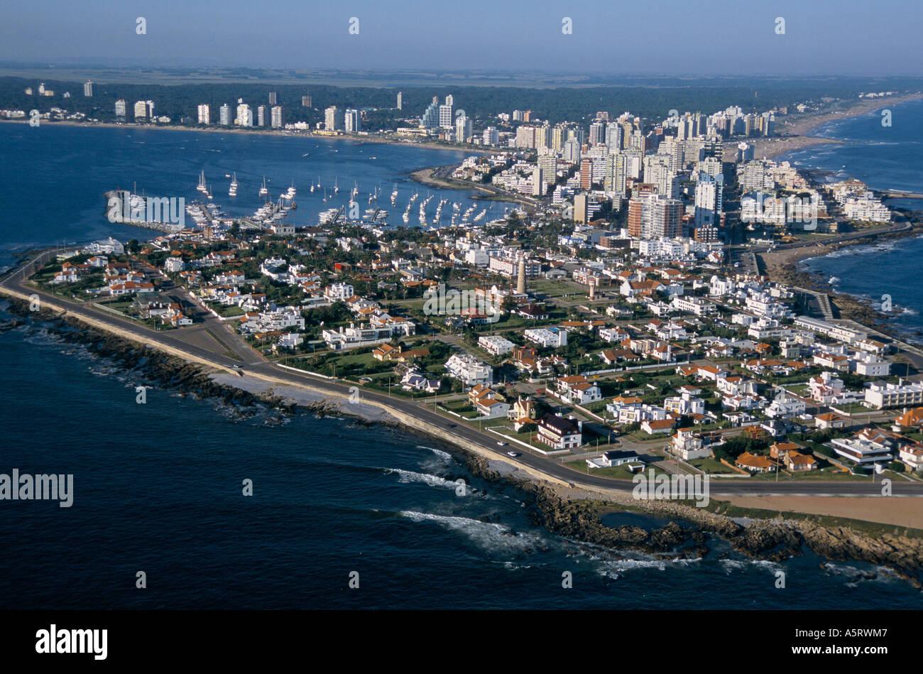 THE EXCLUSIVE RESORT OF PUNTA DEL ESTE, URUGUAY. SOUTH AMERICA'S ANSWER TO MARBELLA OR ST TROPEZ - Stock Image