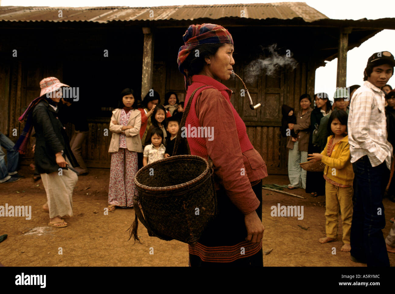 VIETNAM, TRIBAL MONTAGNARD WOMEN IN TRADITIONAL DRESS Stock Photo