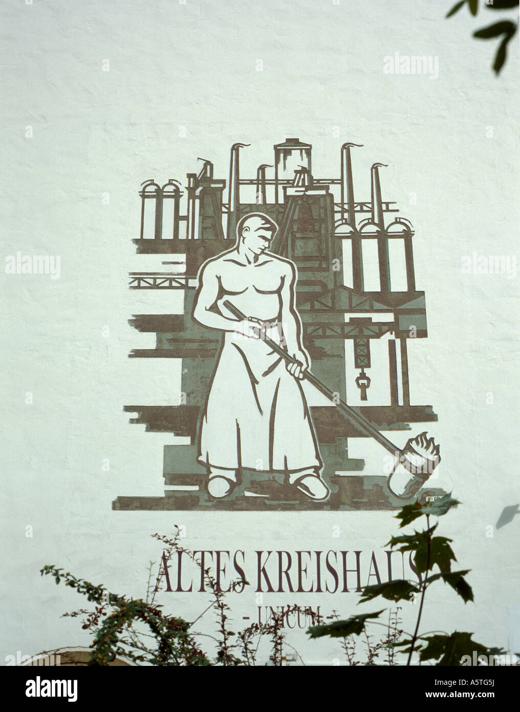 Gable end mural, Altes Kreishaus, Osnabrück, Neidersachsen (Lower Saxony), Germany. - Stock Image