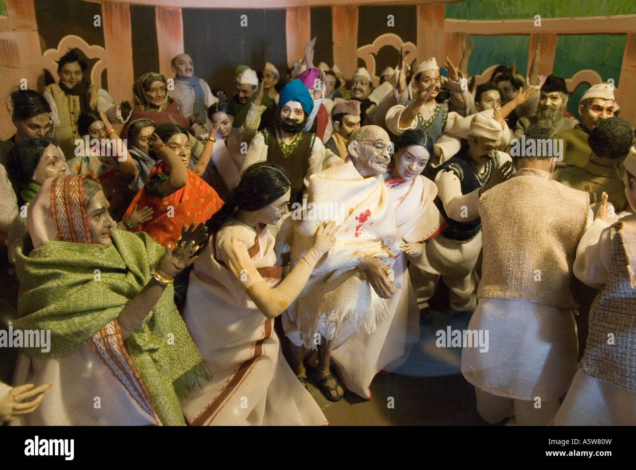 A model display depicts the assassination of Gandhi inside the Gandhi museum in India - Stock Image