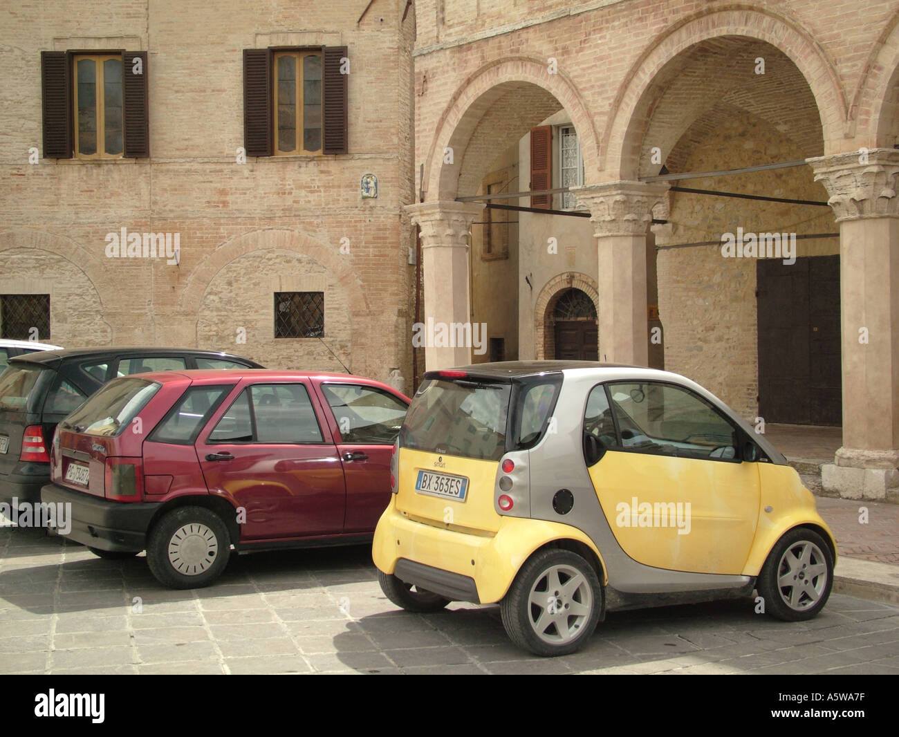 Smart Car Cars Small Tiny Stock Photos & Smart Car Cars Small Tiny ...