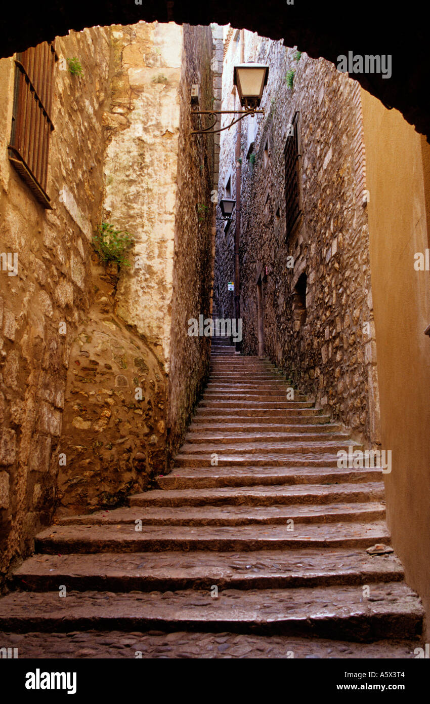 Sant Llorenç street at the ´Call´ (old Jewish quarter). Girona. Spain - Stock Image